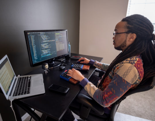 <From Graphic Designer to Software Engineer